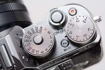 خرید آنلاین دوربین های Fuji با تخفیف ویژه