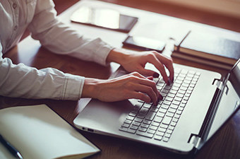 مرجع آموزش برنامه های کاربردی کامپیوتر جهت ورود به بازار کار